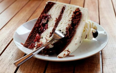 Excès alimentaire : 3 raisons qui vous font manger trop et comment arrêter